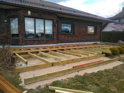 Terrassi konstruktsioon Püünsi 2