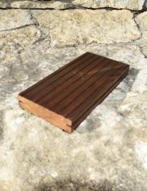 Terrassilaud kuumõlitatud ja termotöödeldud pruun