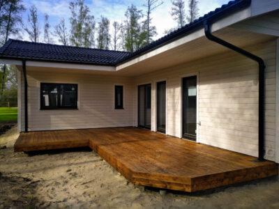 Terrass.ee terrassi ehitus terrassilaud 120×28 kuumõlitatud lehis kuldpruun Vääna Jõesuu 21.1